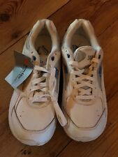 New Balance Women's WW355 Size 9 1/2 B White Walking Shoe