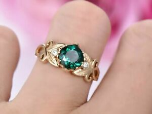 2.50Ct Round Cut Green Emerald Solitaire Engagement Ring 14K Yellow Gold Finish