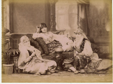 Turquie, Istanbul, femmes voilées, costumes traditionnels   Vintage albumen prin