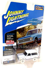 JOHNNY LIGHTNING JLCP7001 1969 CHEVROLET BLAZER with TOW HITCH 1/64 CHASE CAR B