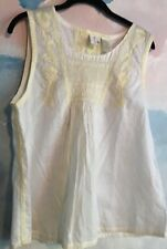 DKNY Pure Top in 100% Cotton in White w/Yellow Embroidery, size 14.