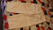 AGB Stretch White Capri Cropped Cuffed Womens 10 NWT * $42