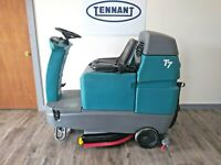 Tennant T7,32in Floor Scrubber, Reconditioned, New Batteries