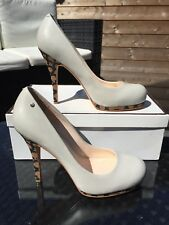 BNIB Coach leather heels - Size US 8/UK 6 but more like 5.5 (RRP over £200!)