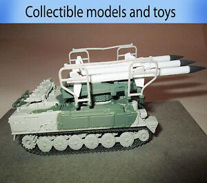 Tank model 2K12 SAM KUB USSR 1967, casting 1:72 Russian tanks (metal+plastic)