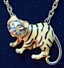 Vintage Unmarked Twisted Chain Enamel Tiger Figural Gold Plate Pendant Necklace