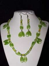 Formal/Prom - Pale green glass petal necklace & Earring Fashion Jewelry Set