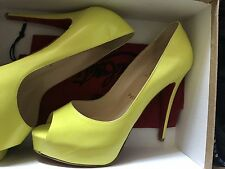 New Christian Louboutin Hyper Prive Yellow Neon Open Toe 39.5 (8.5)