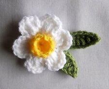 Crochet  WHITE  DAFFODIL FLOWER  BROOCH  PIN Corsage SCARF CRAFTS  WOMEN  SPRING
