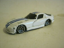 Maisto White 1998 Dodge Viper GT2, Fair Condition  (EB6-5)