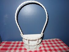CHARMING VINTAGE TWISTED METAL WIRE WALL POCKET BASKET SHABBY COTTAGE CHIC PRIM
