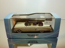 NEO MODELS 46430 PACKARD PACIFIC CONVERTIBLE '54 - BEIGE 1:43 - EXCELLENT IN BOX