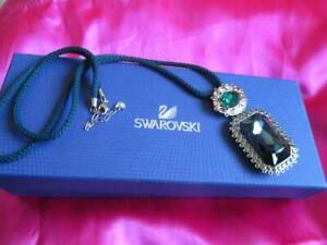 SWAROVSKI Beautiful SPECTACLE Huge Pendant necklace. Authentic. Crystal.