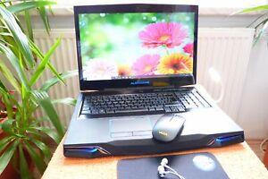 Alienware M17x R3 l 17 Zoll HD PLUS l QUAD CORE i7 l Windows 10 Pro I AKKU NEU