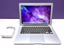 13 inch MacBook Air  Upgraded 256GB SSD / 8GB MEM / 1.8Ghz Core i5 / Warranty!