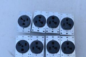 8 pc, 30-amp, 125-volt, flush mount receptacle 5371