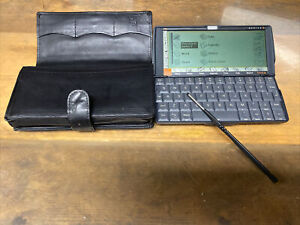 Psion Series 5 PDA - 4&8mb - Psion Stylus & Leather Case - Lovely Example