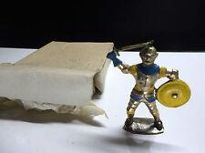 Ancien soldat en métal Moyen age  Charbens no Timpo Toys