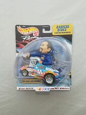 Hot Wheels Racing 1/43 Radical Rides Kyle Petty #44 Hot Wheels Nascar Diecast