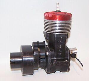 Very Nice 1946 McCoy .60 Spark Ignition Gas Powered Tether Car Engine W/Flywheel