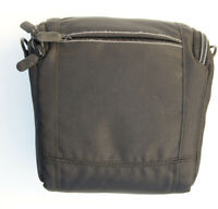 Soft Carrying Camera Bag for small DSLR cameras Size 4x6x6 in
