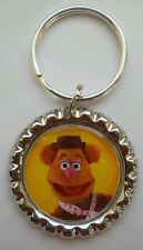 """MUPPETS MOST WANTED """" FOZZIE BEAR """" Bottle Cap Keyring"""