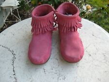 MINNETONKA Girls pink Suede Fringe Moccasins Shoes Boots SIZE 3