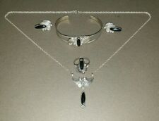 RAY BENNETT RB STERLING SILVER & ONYX NAVAJO JEWELLERY SUITE 5PCES EXC COND.