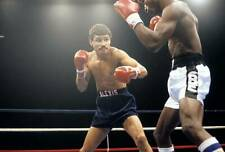 Old Boxing Photo Alexis Arguello Lands A Punch Against Cornelius Boza edwards 2