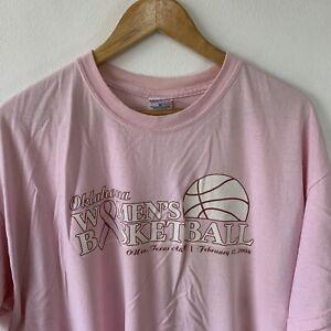 Gildan Pink T-Shirt Size XL Oklahoma Women's Basketball Graphic Print Tee