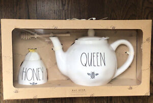RAE DUNN Queen Bee Teapot And Honey Bee Pot with Dipper Set NEW IN GIFT BOX⭐️⭐️⭐