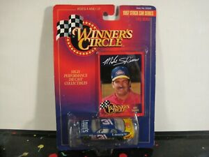 Winners Circle #31 Lowes Ford Taurus Mike Skinner 1997 Die-Cast Stock Car