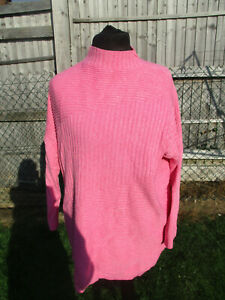 Pink ribbed jumper size XL