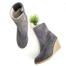 Lacoste Lazaret Women's Booties Gray Suede Wedge Heels Ankle Lined Boots Size 8?