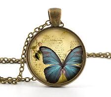 Mariposa Azul Collar Colgante-Vintage Insecto Arte En Bronce Antiguo encanto de la joyería