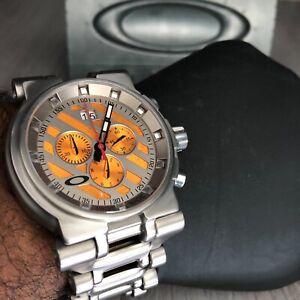 Oakley Hollow Point Titanium Bracelet Edition 10-047 Wrist Watch for Men rare