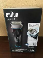 Braun Series 5 5190cc Electric Foil Shaver for Men with Clean & Charge Station