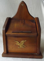 GREAT VINTAGE 1960'S EARLY AMERICAN WOOD RECIPE CARD HOLDER BOX W/ BRASS EAGLE