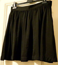 Gonna svasata nera H&M balck skirt as worn by Alexa Chung UK12 IT44 EU40