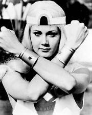 Wonder Woman TV series Lynda Carter crosses arms in blonde wig 8x10 photo