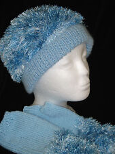 Hand-knitted Hat and Fingerless Gloves Ref 1244