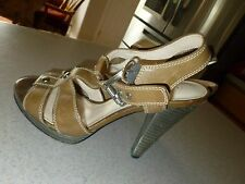 Coach Sandals Heels Leather Shoes Tan sz 7B