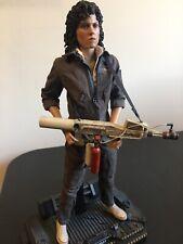 Hot Toys Aliens Ellen Ripley MMS366 1/6 Scale Figure