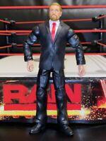 WWE MATTEL 2011 ELITE BATTLE PACK SERIES 32 TRIPLE H SUIT FIGURE HHH RED TIE