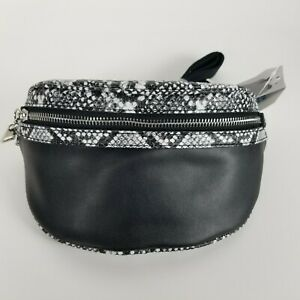 Time and Tru Josephine Fanny Pack Waist Pouch Snake Skin Print Black Adjustable