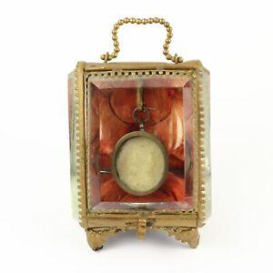 Agnus Dei Relic Reliquary in Antique French Ormolu Glass Jewelry XIX Century