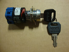 EARLY BIG DOG IGNITION SWITCH WITH 2 KEYS 2002 & OLDER MODELS PRO SPORT WOLF