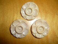 """Lot 3 Vintage Plastic Buttons-Flowers-Beige- 1"""" # 2811"""