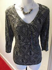 NEW with TAG M&Co  Black and White V Neck Tunic Top Petite 16 Easy for Work/Play