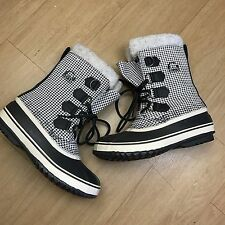 Women's Sorel Snow Winter Boots Black White Insulated Waterproof Size 6